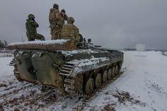 A Ukrainian BMP-1 sends a round downrange during training at the Yavoriv IPSC/CTC. [1802x1201]