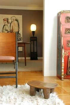 A short and stumpy (but gorgeous) senufo stool
