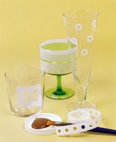Dressed up thrift store glasses make a great holiday gift! http://www.rewards4mom.com/10-homemade-gift-ideas/