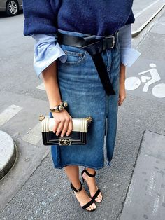 Denim skirt   Classy   Heels   Designer bag   More on Fashionchick.nl