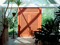 The Charles Forberg-designed LongHouse, Larsen's estate in East Hampton, was…