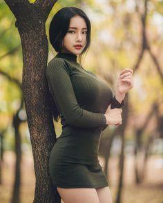 Sexy Asian Girls, Sexy Hot Girls, Curvy Women Fashion, Girl Fashion, Mode Du Bikini, Mode Lookbook, Beauty Full Girl, Korean Model, Beautiful Asian Women