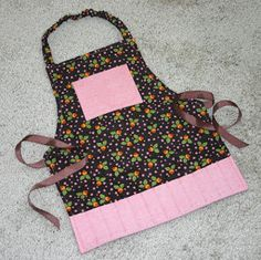 Little Crayon Apron | AllFreeSewing.com
