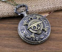 The ancient bronze Anime One piece pocket watch necklace,skull pocket watch Pocket Watch Necklace