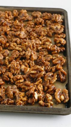 5 minute caramel walnuts are chewy, crisp, salty and not-too-sweet ! Highly addictive candied walnuts are perfect for snacking / holiday gift giving. Candy Recipes, Sweet Recipes, Holiday Recipes, Dessert Recipes, Gourmet Desserts, Plated Desserts, Candied Walnuts, Roasted Walnuts, Sugar Walnuts Recipe