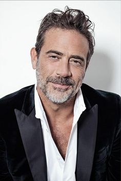 Jeffrey Dean Morgan (@JDMFansite) | Twitter