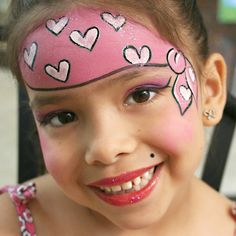Face painting examples are very useful in the art of face painting. One of the greatest things about face painting examples, is that there are many reference Pirate Face Paintings, Girl Face Painting, Painting For Kids, Body Painting, Bandana Pirate, Easy Face Painting Designs, Girl Pirates, Pirate Life, Maquillage Halloween