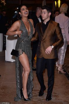 Dazzling diva: Priyanka Chopra oozed sex appeal in a plunging thigh-split chainmail dress as she joined handsome Nick Jonas at Vanity Fair Cannes party on Saturday Bollywood Actress Hot Photos, Indian Bollywood Actress, Beautiful Bollywood Actress, Most Beautiful Indian Actress, Bollywood Celebrities, Bollywood Fashion, Indian Actresses, Bollywood Bikini, Actress Priyanka Chopra