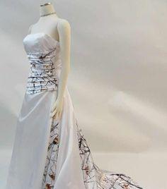 Superb Winter camo wedding dress