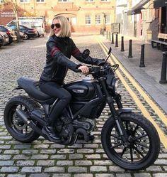 The possibilities are endless with a sh … – Ducati Scrambler – Motorrad Triumph Scrambler, Ducati Scrambler Custom, Cafe Racer Build, Cafe Racer Bikes, Moto Bike, Motorcycle Bike, Biker Chick, Biker Girl, Cafe Racing