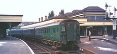 4-car express units (4 Cor, 4 Res, 4 Buf, 4 Gri, 4 Pul) Electric Locomotive, Diesel Locomotive, Southern Trains, Uk Rail, Southern Railways, Electric Train, British Rail, Rolling Stock, Travel Images