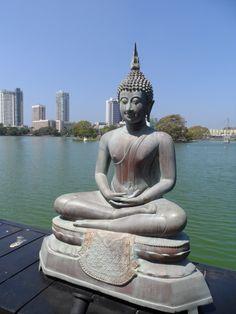 Gangarama Temple, Colombo, Sri Lanka #VisitSriLanka