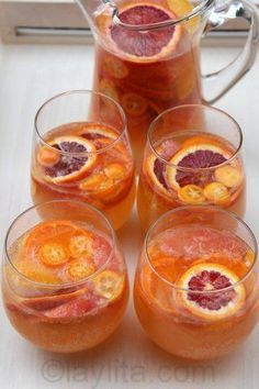 Moscato sangria with citrus fruits. Use Sutter Home Moscato. LOVE this sangria! Refreshing Drinks, Yummy Drinks, Yummy Food, Tasty, Fruit Drinks, Moscato Sangria, Mojito, Sangria Wine, Def Not