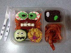 Spooctacular Halloween Lunch Ideas for Kids // #bento #creepy #snacks #ideas