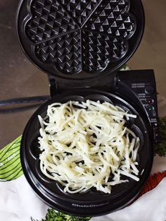 Making hashbrowns in a waffle iron. The other pin had no details for how long to cook them.