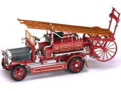 Santas Tools and Toys Workshop: Hobby: Yat Ming Scale 1:43 - 1921 Dennis N Type Fire Engine