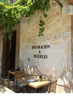 Eingang und vordere Terrasse des Living Dreams in Santa Maria
