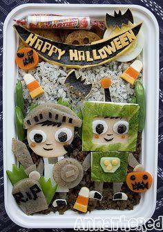 Cute Halloween bento.