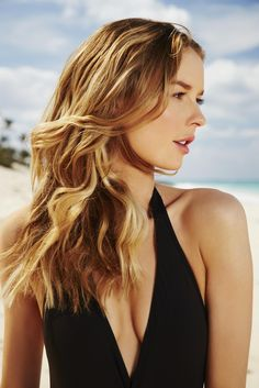 Classic beach waves +++Visit http://www.makeupbymisscee.com/ For tips and how to's on #hair #beauty and #makeup