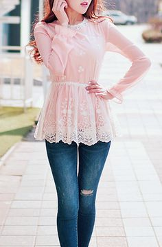 Cute pink lace peplum blouse with the blue skinny jeans.