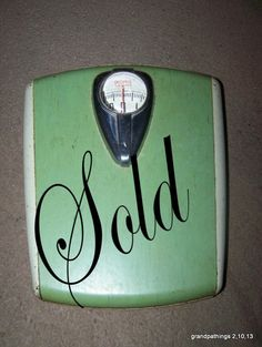 Retro Pink Sparkly Scale Counselor vintage bathroom scale space
