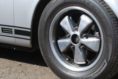 1968 911L_scotchbrite finished wheel_Porsche corral parking_Rennsport Reunion…