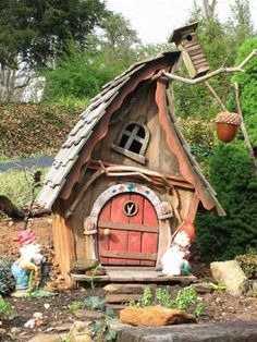Previous pinner wrote: fairy house by bleu - cute little whimsical house (sort of a picasso meets mickey mouse? Fairy Garden Houses, Gnome Garden, Garden Art, Fairy Gardens, Fairy Land, Fairy Tales, Deco Nature, Gnome House, Fairy Doors