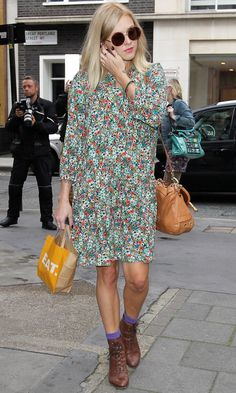 Fearne Cotton Keeps It Girly In Early Pregnancy In This Print Dress, 2012