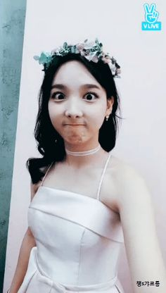 Nayeon is an adorable princess😭💗 South Korean Girls, Korean Girl Groups, Mamamoo, Snsd, Nayeon Twice, Twice Once, Im Nayeon, Dahyun, Girl Bands
