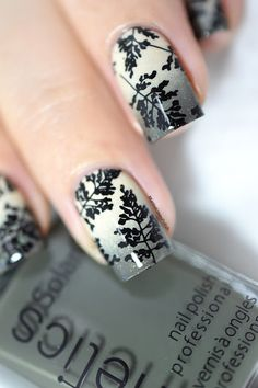 Autumn foliage nail art- kinetics dangerous game - creative shop stamping 98 - gradient - fall nails