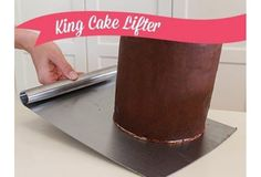 KING CAKE LIFTER AVAILABLE AT WWW.MYDREAMCAKE.COM.AU