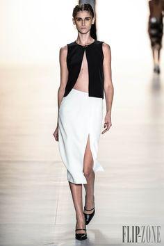 Tufi Duek Spring-summer 2014 - Ready-to-Wear - http://www.flip-zone.com/fashion/ready-to-wear/independant-designers/tufi-duek-3769 - ©PixelFormula