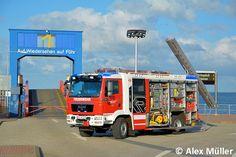 Erstangriffsfahrzeug für die Feuerwehr Wyk http://www.feuerwehrmagazin.de/fahrzeuge-modelle/fahrzeuge/erstangriffsfahrzeug-fuer-die-feuerwehr-wyk-65427