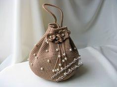 Russian, no pattern, but pix of bottom, etc. Idea to use up pink cotton yarn?