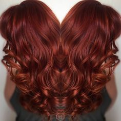 Love this bright vibrant red hair color - New Hair Long Curly Hair, Curly Hair Styles, Wavy Hair, Vibrant Red Hair, Red Hair Don't Care, Hair Color And Cut, Deep Red Hair Color, Balayage Hair, Auburn Balayage