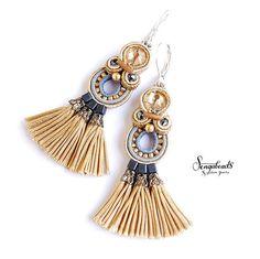 Produkty podobne do Soutache earrings. w Etsy Soutache Necklace, Tassel Earrings, Handmade Beaded Jewelry, Custom Jewelry, Jewelry Accessories, Women Jewelry, Jewelry Rings, Enchanted Jewelry, Art Deco Jewelry