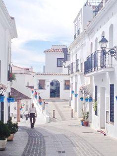 Old toen Mijas Espana. Cute white village