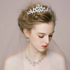 Half up, half down hairstyles are type of styles that are suitable for almost any bridal style: modern, classic, boho chic, beach,vintage and so on. A half look is very beautiful with a romantic twist, no matter which idea you choose. Check out these fascinating...