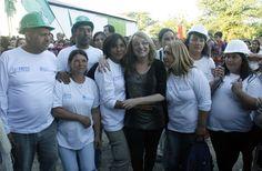 """""""La mejor forma de seguir recuperando la dignidad es con el trabajo"""" Lo señaló Alicia Kirchner, el jueves pasado, mediante una teleconferencia que mantuvo por el """"Acto por el Día del Trabajador"""". La actividad fue organizada por la Confederación Nacional de Cooperativas de Trabajo."""