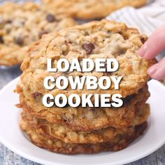 Cowboy Cookies Big, chewy oatmeal cookies loaded with chocolate chips, pecans and coconut! Impossible to resist!Big, chewy oatmeal cookies loaded with chocolate chips, pecans and coconut! Impossible to resist! Chocolate Cookie Recipes, Easy Cookie Recipes, Baking Recipes, Sweet Recipes, Baking Chocolate, Cookie Ideas, Marshmallow Chocolate Chip Cookies, Monster Cookie Recipes, Recipes With Butterscotch Chips