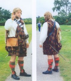"""Jacobite"" guide at Culloden, 2001"