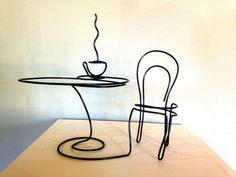 Café dreaming - wire art by Steve Lohman Taza y mesa de alambre Wire Crafts, Metal Crafts, Wire Art Sculpture, Wire Sculptures, Abstract Sculpture, Sculpture Garden, Bronze Sculpture, Sculptures Sur Fil, Stylo 3d