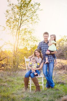 Outdoor Family Session, could totally see Quinn and Ryan here...