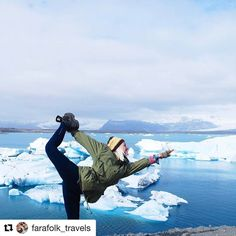Reach out to Iceland. #reiseliv #reisetips #reiseråd #reiseblogger  #Repost @farafolk_travels with @repostapp  Ice ice baby!  When you're here if feels like being on the North Pole... Ice everywhere. It's so impressive! On the very south of the island. // June 2016 // #jokulsarlon #jökulsárlón #pose #Iceland #island #visiticeland #Europe #Nordic #extreme