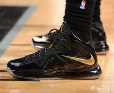 LeBron James Wears Black / Gold X Elite PE