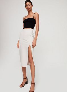 This is a pull-on pencil skirt with an asymmetric side slit. It's made with … – Skirt Ideen Pencil Dress Outfit, Pencil Skirt Casual, Pencil Skirt Outfits, High Waisted Pencil Skirt, Casual Skirts, Pencil Skirts, Pencil Dresses, Denim Pencil Skirt, Denim Skirt
