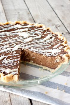 Double Chocolate Pumpkin Pie   simplerootswellness.com by @simplerootswellness (white chocolate recipe on our blog) #paleo #holiday