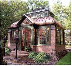 Brick Conservatory an awesome art studio space? | acayip bir dev perili kosklerdeki gibi |gomlek