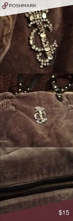 Juicy couture purse Juicy couture gray purse Juicy Couture Bags Shoulder Bags
