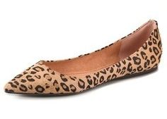 Steven Eternnal Haircalf Flats Trying to find the prefect printed flat. Leopard Flats, Leopard Animal, Fashion Shoes, Fashion Accessories, Plus Size Fashionista, Embellished Shoes, Pointy Toe Flats, Bump Style, Shoe Dazzle